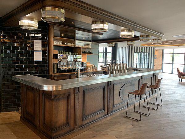 SpangheroTwickenham pub-restaurant castelnaudary bernieshoot