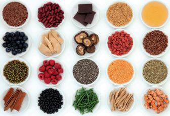 Stefano Momentè: Loving Superfoods