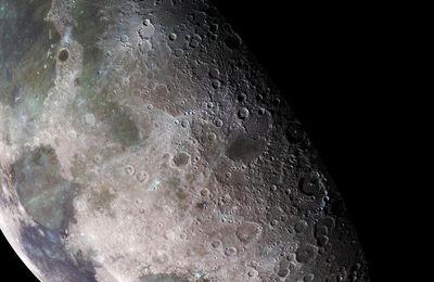 De l'eau a été détectée sur la surface de la Lune
