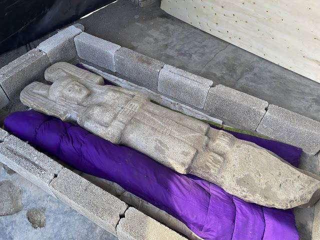 Statue féminine découverte à Hidalgo Amaja - Crédit photo : Maria Eugenia Maldonado Vite, INAH