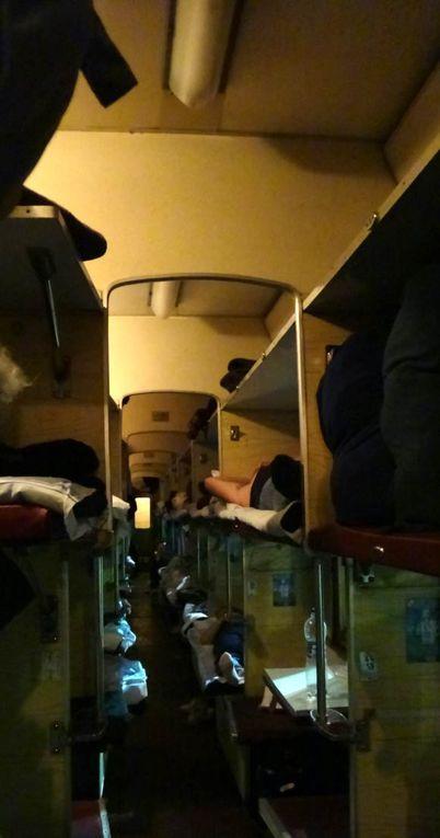 voyage en bus et en train aller retour de Paris à Kiev et de Kiev à Simferopol