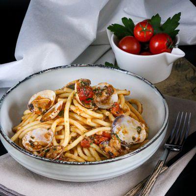 Spaghettis rougissants alle vongole de Jamie Oliver