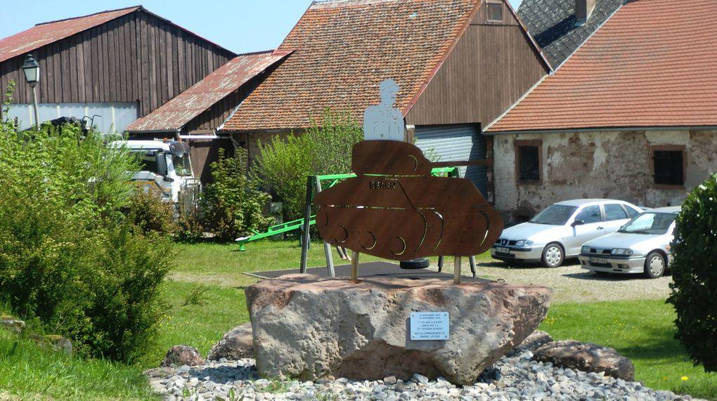 Bon nombre de fois, je suis déjà passé en voiture à Obersteigen, sans jamais remarquer ce monument.