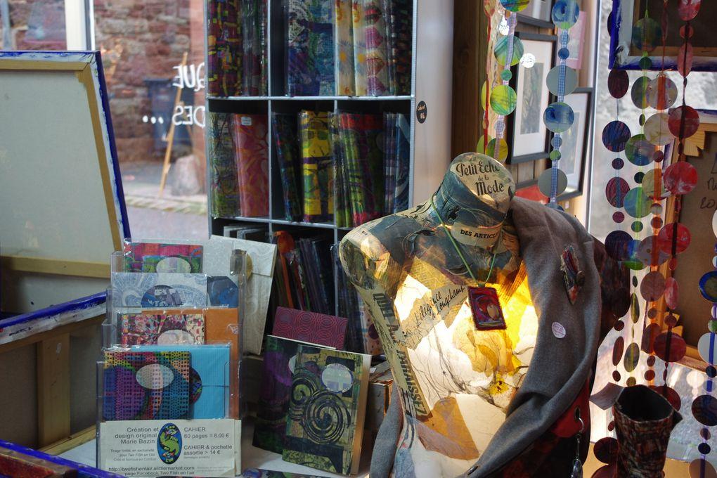 """Une multitude d'idées cadeaux ...à offrir et à s'offrir ! 10% de remise, avec le petit """"carton"""" que vous trouverez en visitant la galerie de Collonges..."""