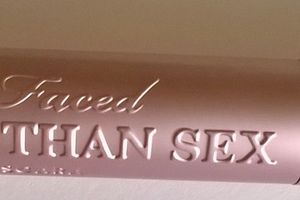 Too Faced, Better Than Sex