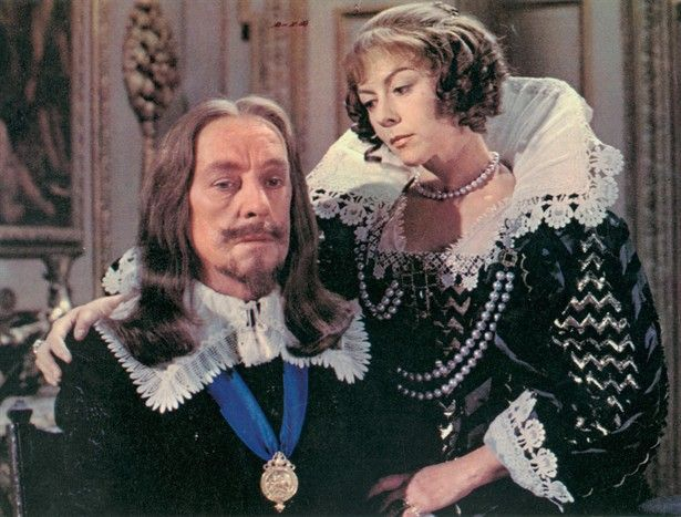Cromwell_Alec_Guinness