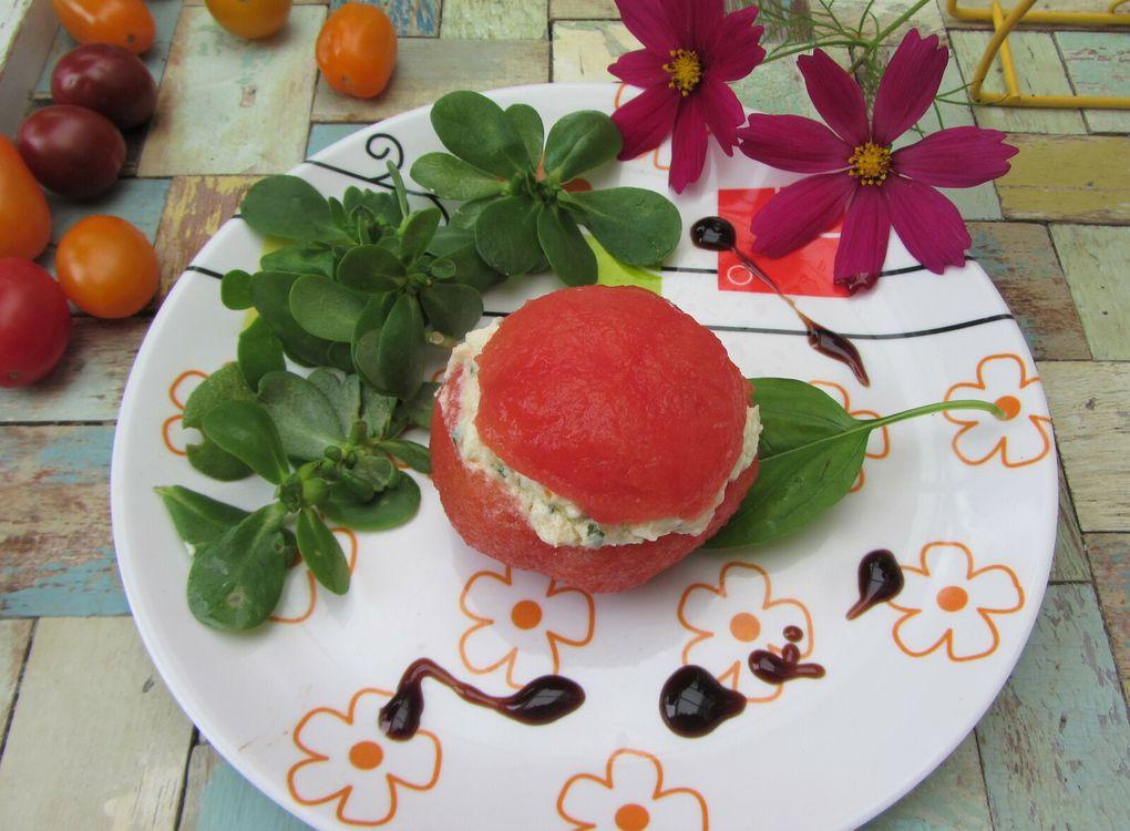 Tomates farcies au chèvre et basilic