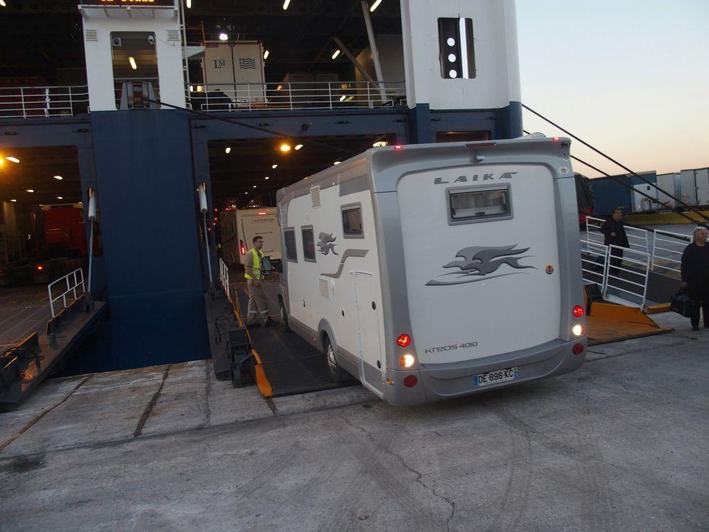 Le Ferry, embarquement ....débarquement ....arrivée à Athènes !