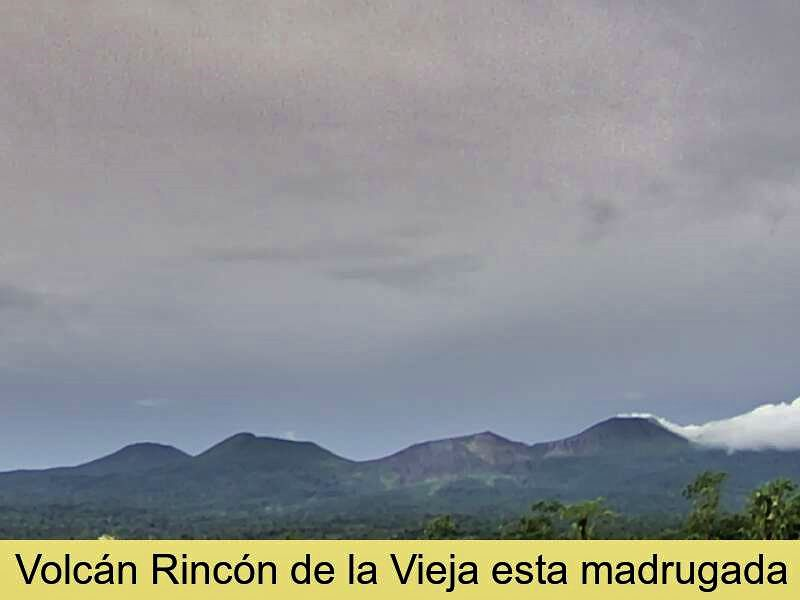 Rincon de La Vieja - plume of the hydrothermal explosion blown down by the winds / 03.11.2020 - doc. Ovsicori