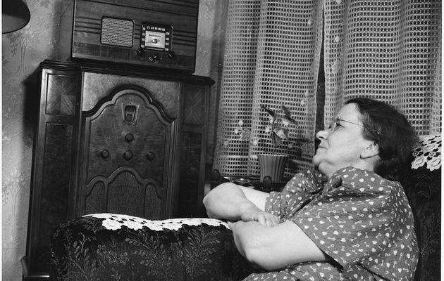 Région par région, quelles radios écoutaient les Français en 1952 ?