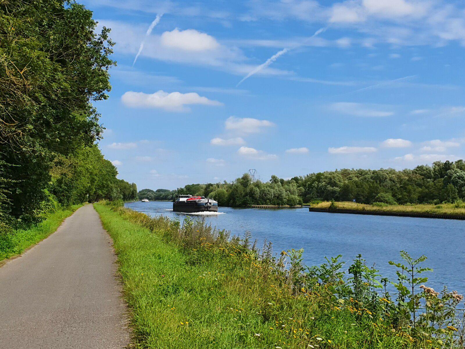 Canal de la Deûle, à Bauvin