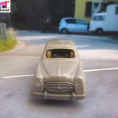 PEUGEOT 403 8 LUXE 1955 JOUEF 1/87 - car-collector.net