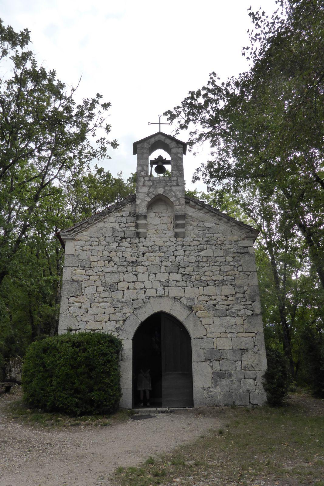 Petite halte à la chapelle Saint-Jean-le-Froid début 19e siècle.