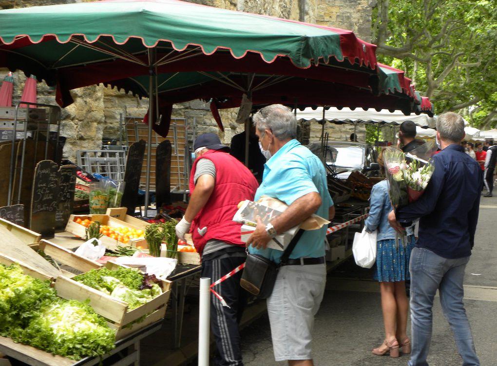 Retour du marché dominical dans la rue de la république
