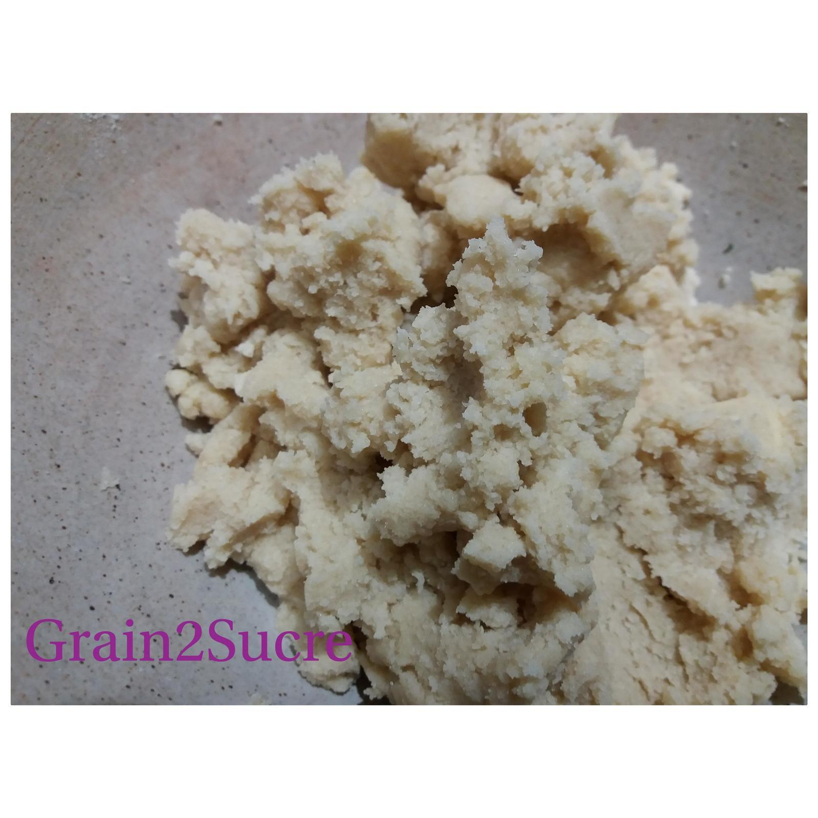 Grain2Sucre. Pâte à Crumble, farine, beurre, sucre semoule, cassonade, poudre d'amandes