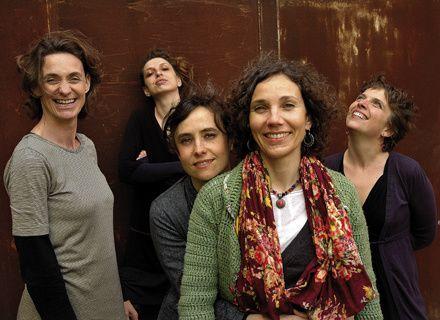 la mal coiffée, un groupe vocal composé de 5 femmes avec un répertoire de chansons languedociennes de langue occitane