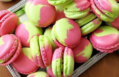 Macarons Bicolores Pistache-Fruits Rouges
