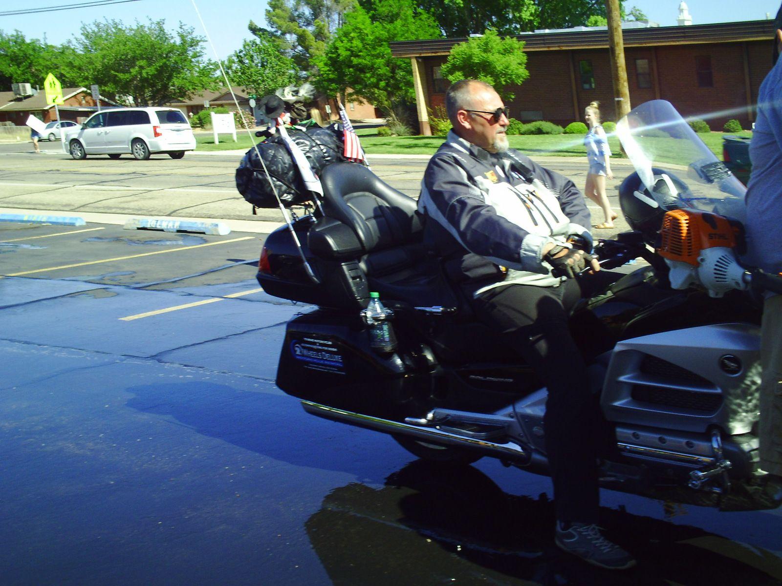 Un couple, une moto dans le Wild West américain 09 jour -  De St George à Las Vegas