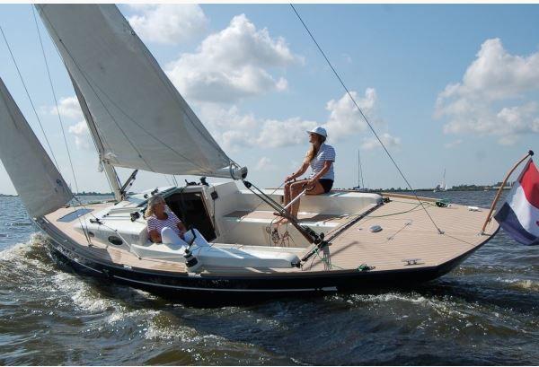 Rhapsody Yachts va construire et commercialiser le Flyer 33