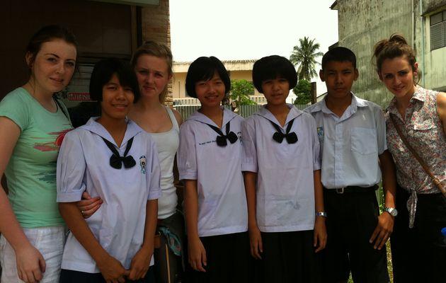 Des étudiants maristes de Dundalk (Irlande) en Thaïlande /..../ Marist students from Dundalk (Ireland) in Thailand