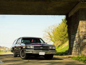 Chevrolet Impala SW 305ci '81 : l'ex corbillard