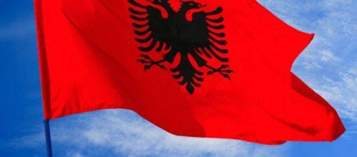Au secours, je vais bosser en Albanie !