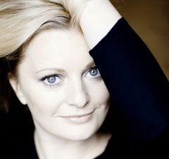 lucy crowe, l'une des plus grandes sopranos lyriques britanniques de sa génération