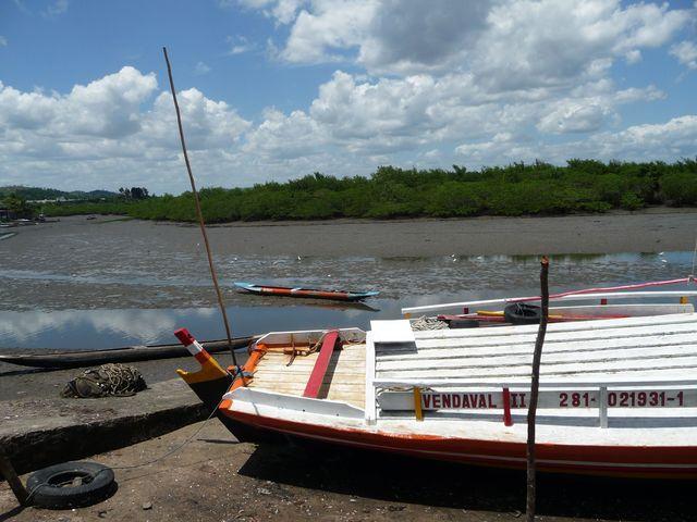 à l'intérieur des terre via un rio, vie paisible au Brésil