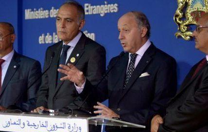Le coup de main de Fabius à son homologue marocain Mezouar pour sa fifille qui galère...