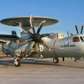 "La France opte pour le E-2D "" Advanced "" !"
