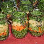 Jardinière de légumes en bocaux