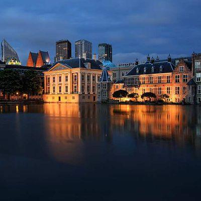 Heure bleue sur Den Haag (La Haye)