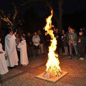 Les jeunes de 5ème ont vécu la veillée Pascale avec toute la communauté chrétienne à Longchamp - 19 avril 2014 - paroisse genlis
