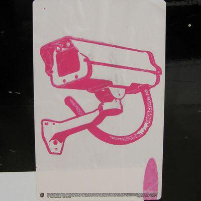 Quels sont les modèles de mini camera de surveillance ? (marques, prix)