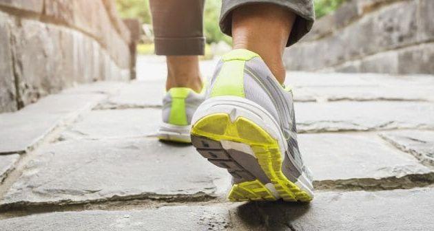 Est-il possible de maigrir en marchant dix kilomètres par jour ?