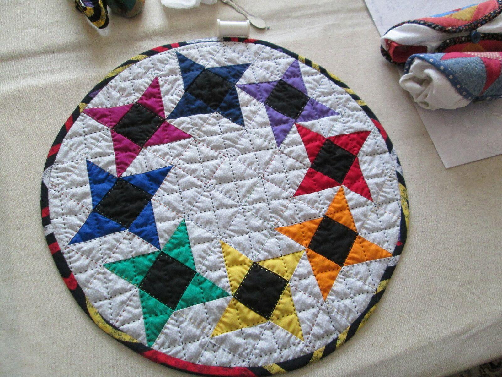 Avec des triangles bicolores .....1.