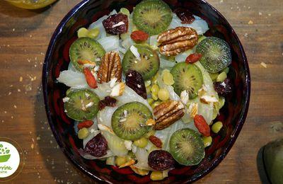 Salade tiède au fenouil, pois cassés et mini-kiwi