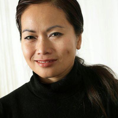 Juli Duhont - Naturopathe Réflexologue Energéticienne, depuis 2005, référencée dans le NEW YORK TIMES 21aou15