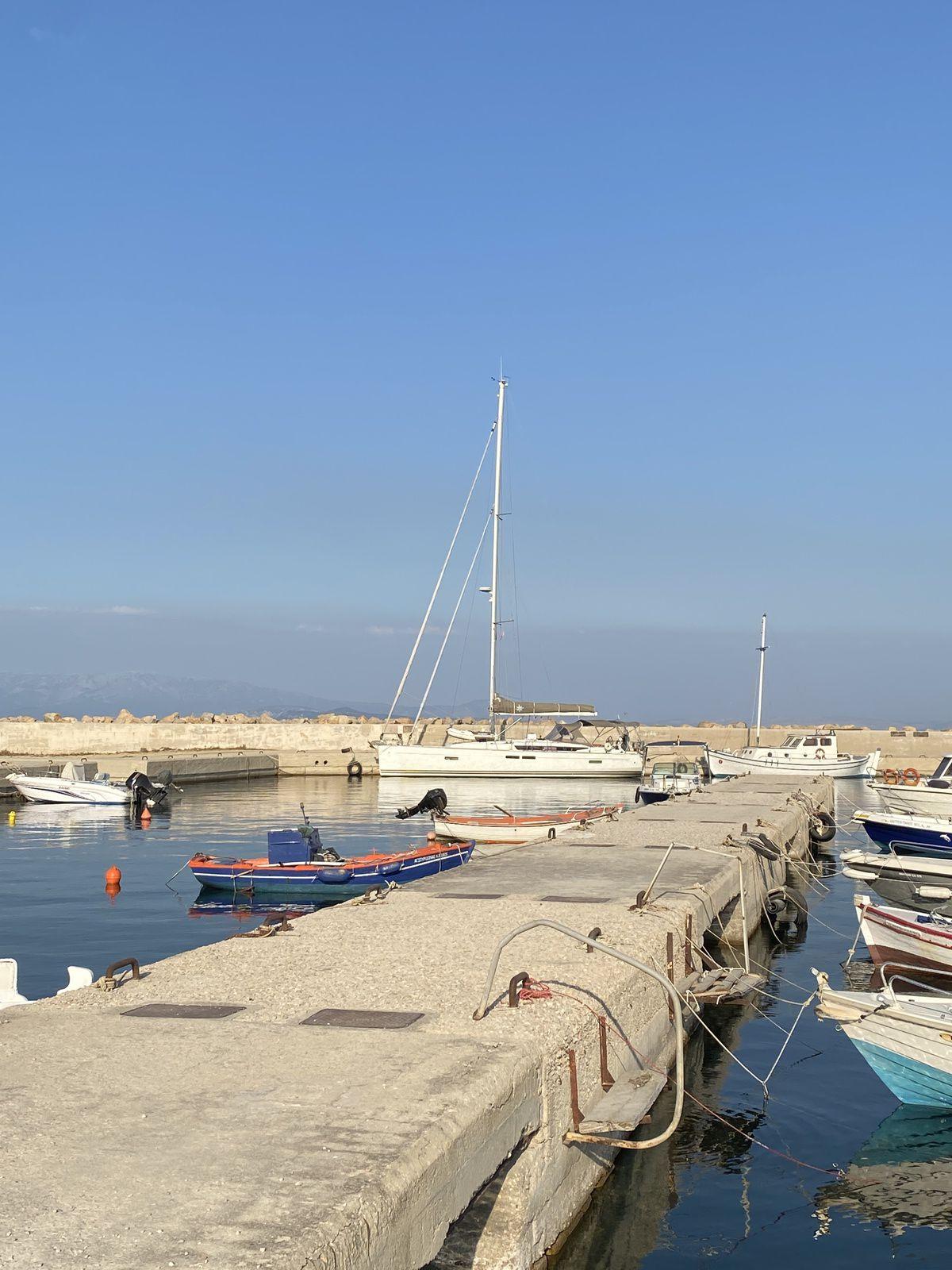 La citadelle de Chios les bains Turcs et toujours le port