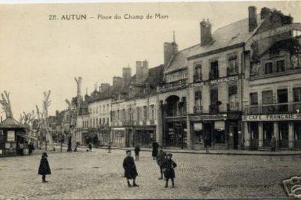 Quartier centre ville : la rue J. et B de Lattre de Tassigny.