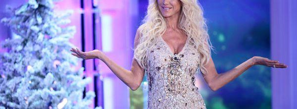 Victoria Silvstedt aux commandes du bêtisier de noël sur TF1