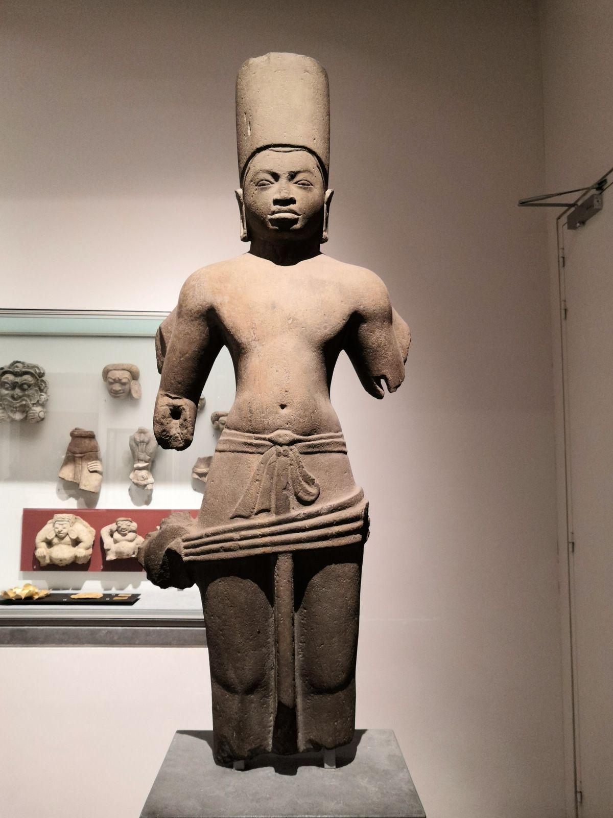 Vishnu, Don Si Maha Pot ? (province de Prachinburi) 7e-8e siècle, Grès