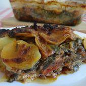 Gratin de pommes de terre aux épinards et coulis de tomates à la viande hachée - auxdelicesdemanue