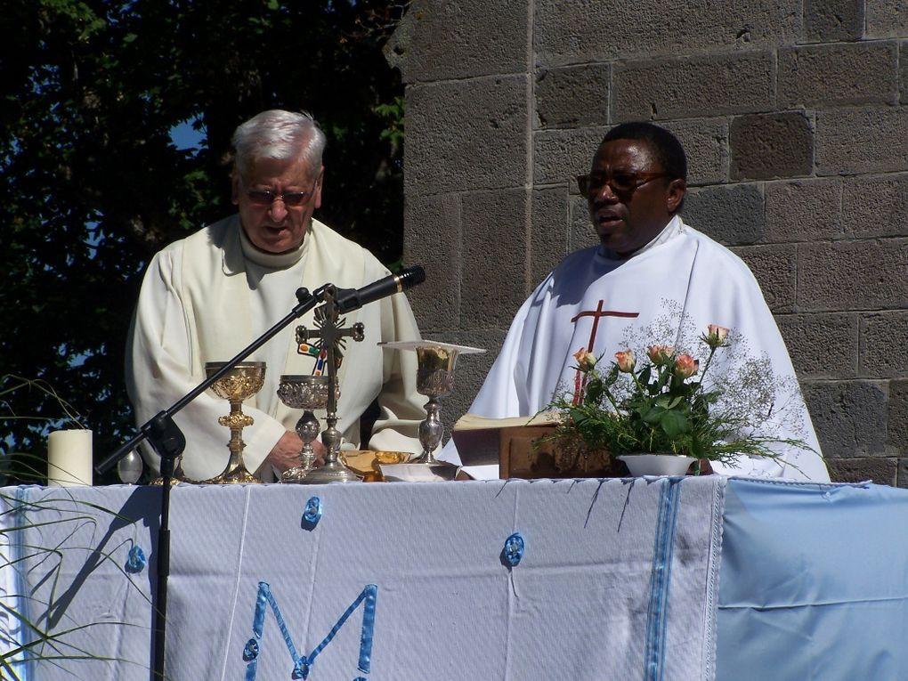 15 Aout 2013: Messe d'au revoir du Père Jean-Marie TETIKA