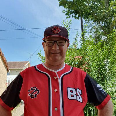 Les nouvelles chemises du baseball 9 sont arrivées