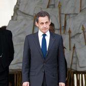 Les chiens de Nicolas Sarkozy ont vandalisé un salon de l'Elysée