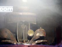Meurtre à Paris de l'éditeur Robert Denoel dans une Peugeot 302