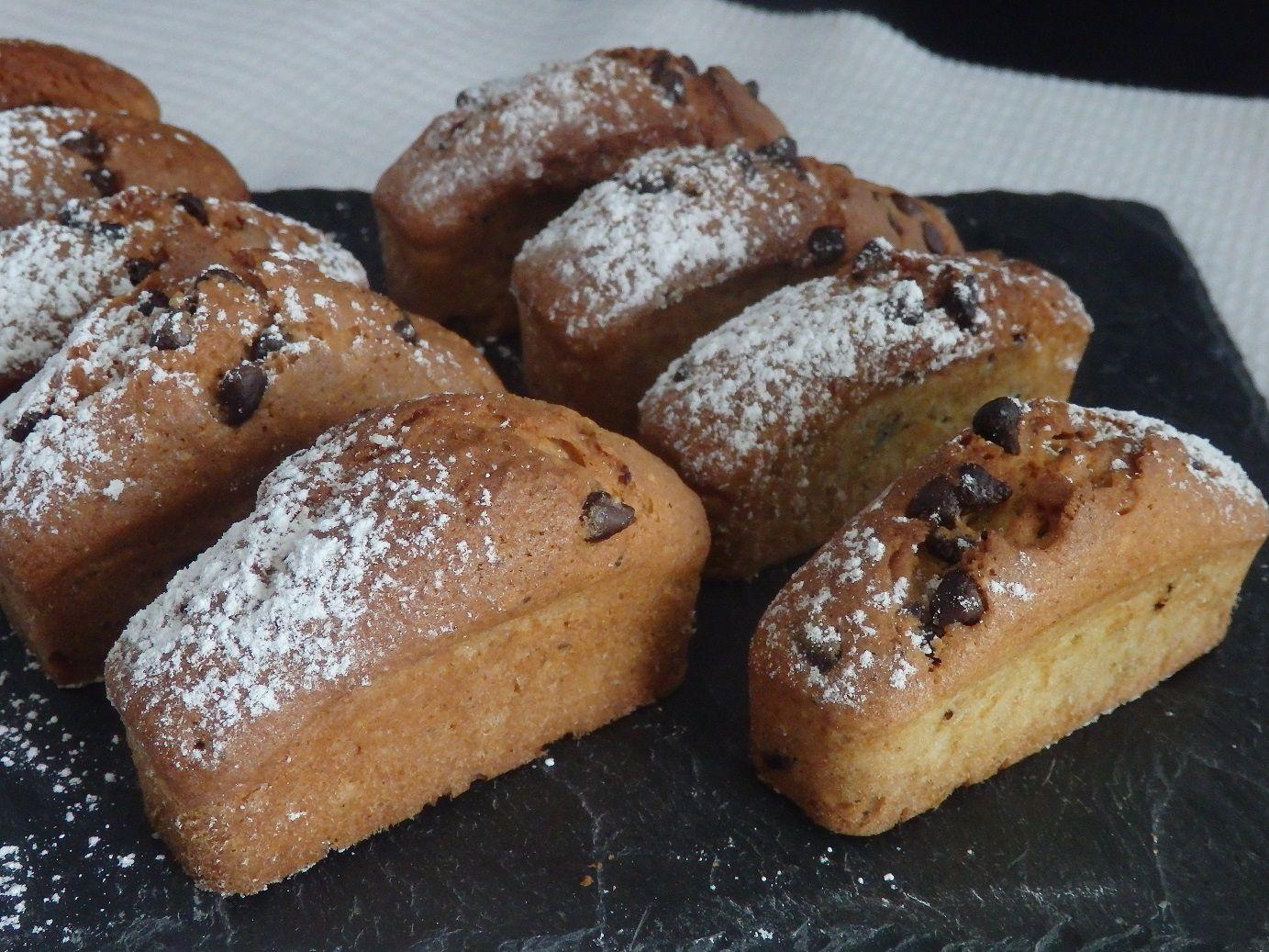 Petits cakes au levain et pépites de chocolat noir