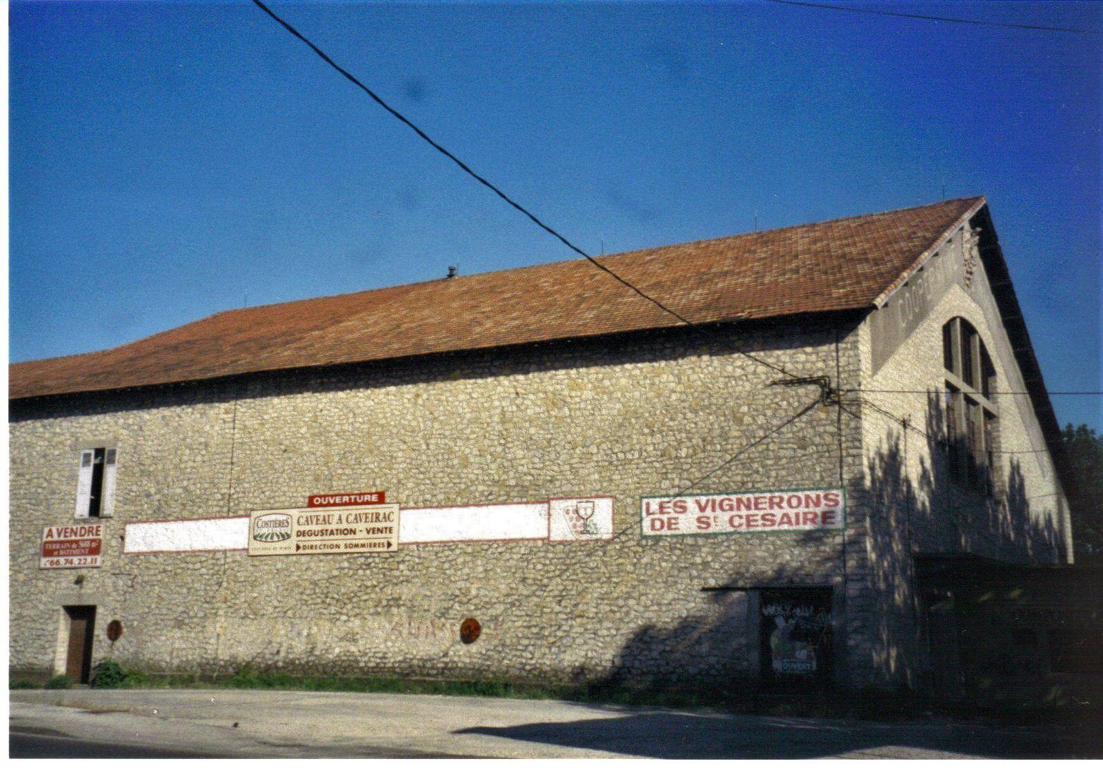 """Cave coopérative """"Les Vignerons de Saint-Césaire-lès-Nîmes"""""""