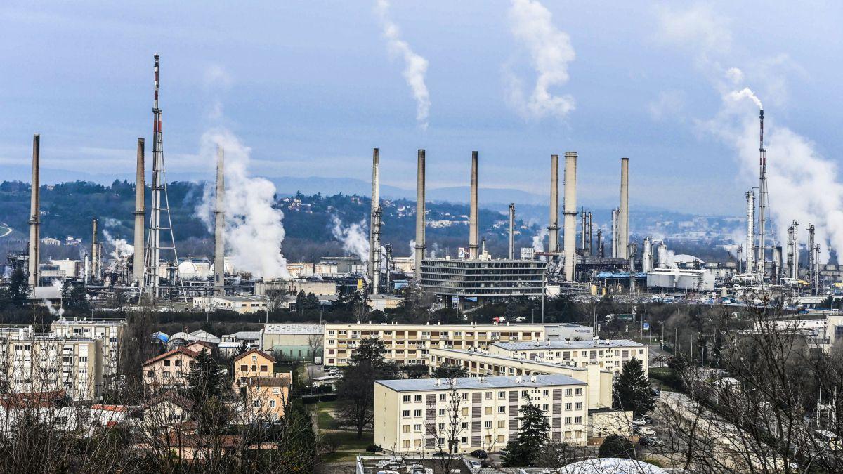Raffinerie de Feyzin : le spectre d'un nouveau Lubrizol ?